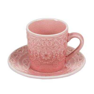 Taza de café con plato coral