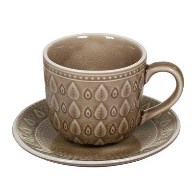Tassa de café amb plat natural marró