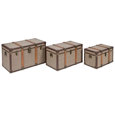 Set of 3 vintage trunks