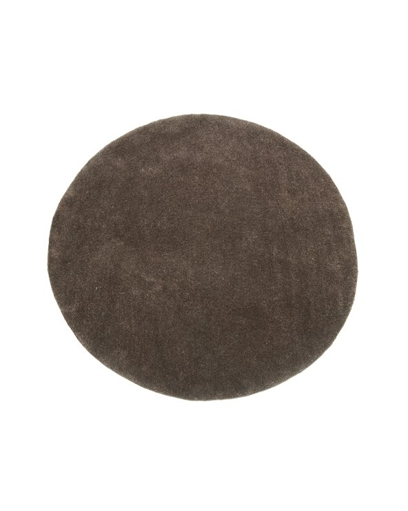 Round brown carpet